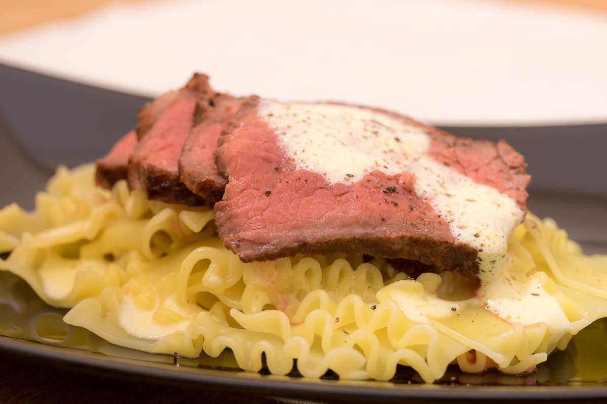 Pasta mit Trüffelsoße2